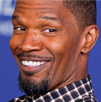 Jamie Foxx Chips a Tooth – This Time by Accident!